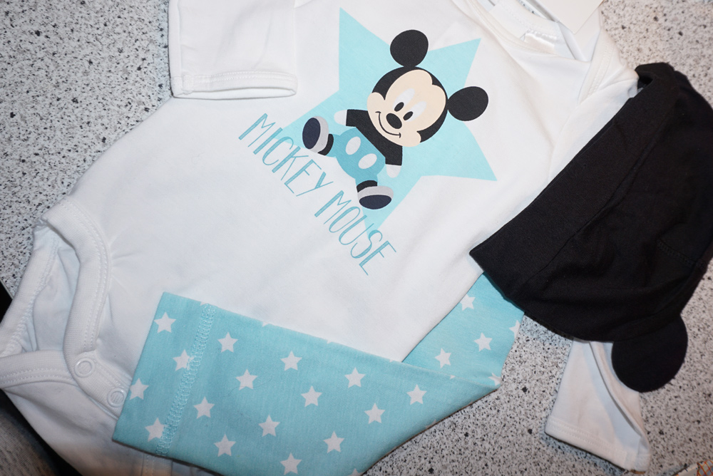 mickeymouse_outfit